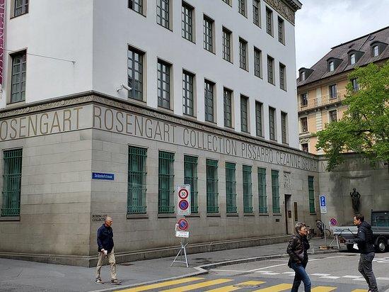 City Train Luzern: Museum Sammlung Rosengart art museum
