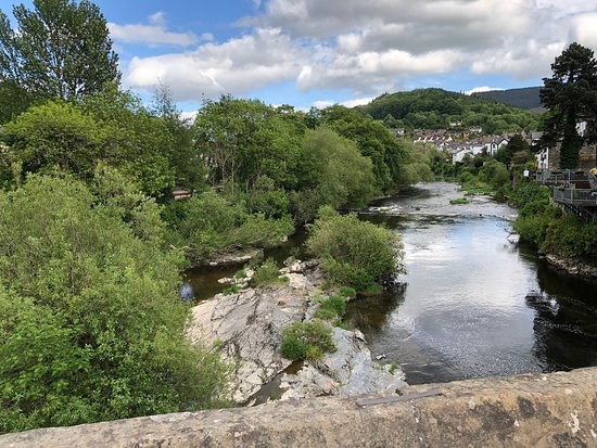 View looking up the River Dee