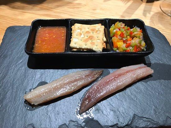 Hoy, comida en el restaurante Tartán, un Ramen exquisito, tan bueno como algunos que hemos probado el año pasado en Japón, el lomo de sardina 👌y las alcachofas ni que decir 😋😋😋 muchas gracias Abraham Garcia todo excelente 🙏🙏🙏