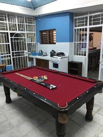 Las Tunas, Kuuba: El entretenimiento no puede faltar en el Hostal Haydee y una mesa de billar complementa las tardes y noches del Hostal