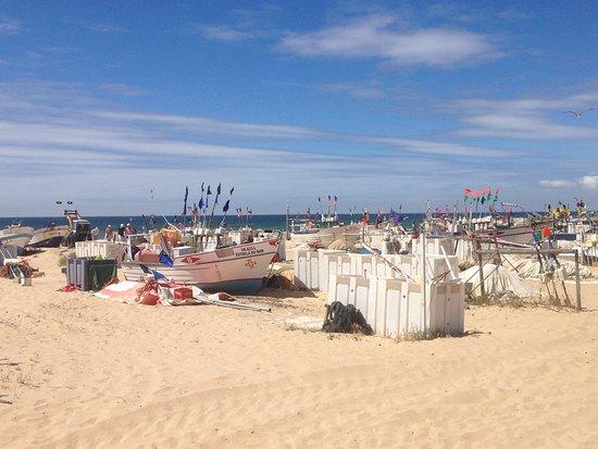 """De """"haven"""", op het strand"""