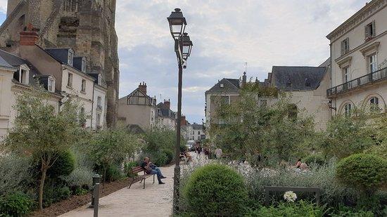Place de Chateauneuf