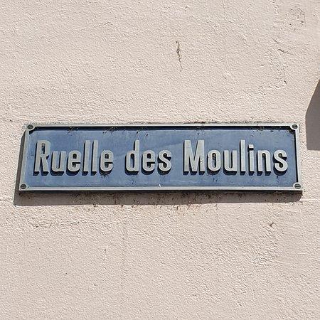 Le Maître Jaques: Ruelle des Moulins, 2