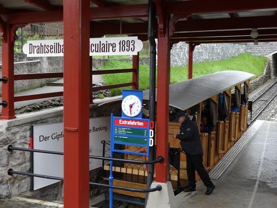 Skip the Line: CabriO Mt Stanserhorn Railway Ticket: Stanserhorn funicular