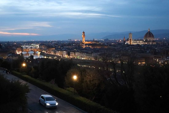 Piazzale Michelangelo: 夜景がまた素敵なんです