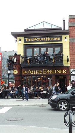 Aulde Dubliner & Pour House: Pour House in ByWard Market
