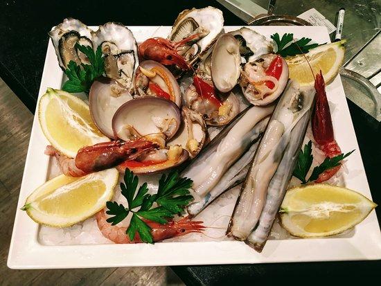 L'ostricaio Mellieha: casolari e gamberi rossi di mazzata