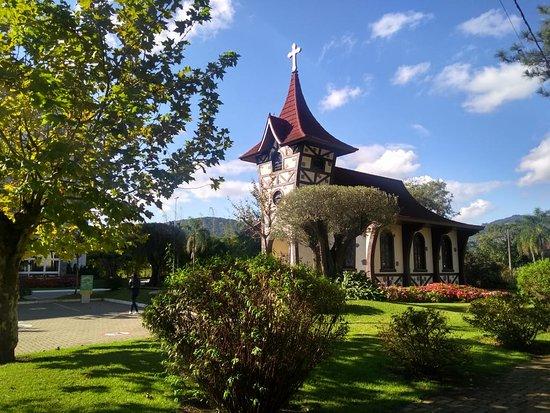 Igreja Mae Santissima