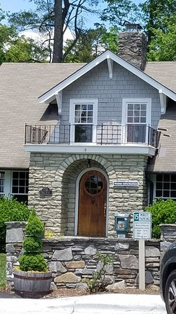 Blowing Rock Chamber of Commerce Information Center
