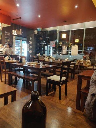 Sakura Inn: Venue