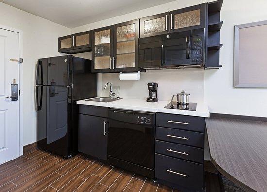 كاندلوود سويتس سان أنجيلو تكساس: Guest room