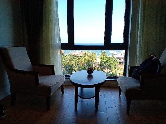 Monarque Hotel Photo