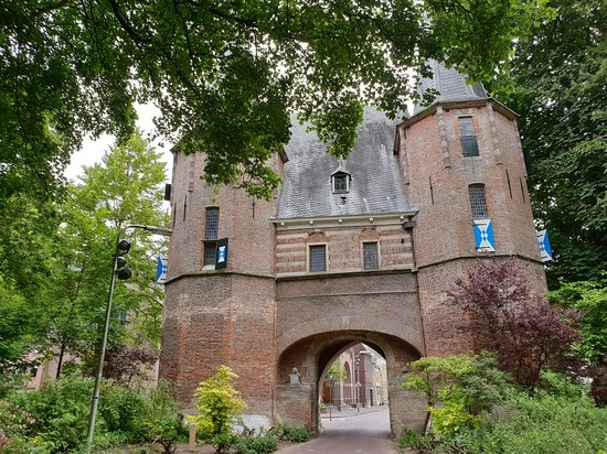 Rijksmonument Broederpoort Kampen uit 1465