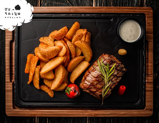 The only time to eat diet food is while you're waiting for the steak to cook 😎 #Steak #GoodMood #GoodAtmosphere #Yerevan #ՄրՀուկա
