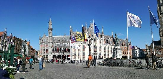 Place à Bruges