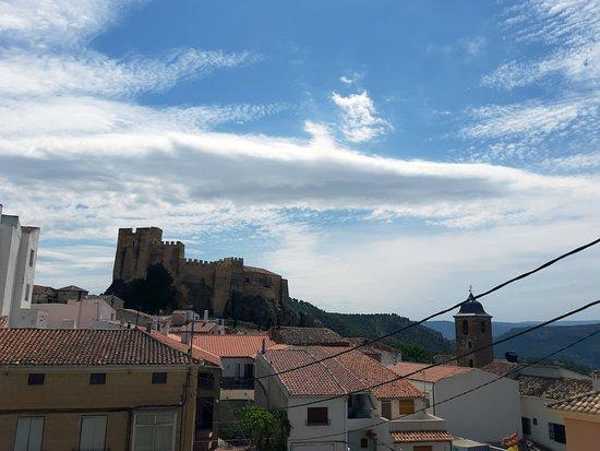 Yeste, สเปน: Vista del castillo