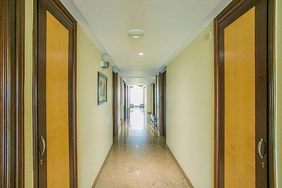 Hallway - Picture of Kandi Tree, Bengaluru - Tripadvisor