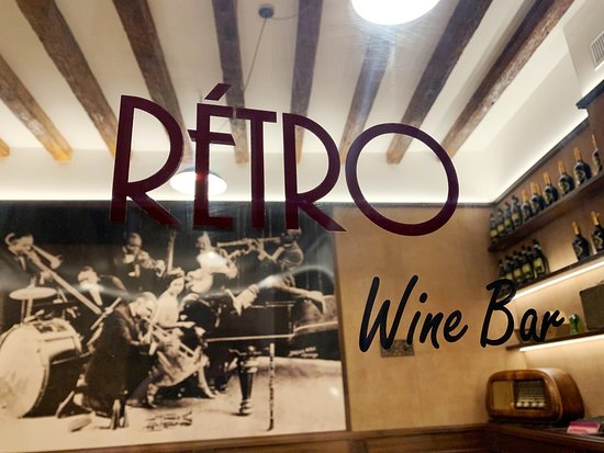 Rétro Wine Bar