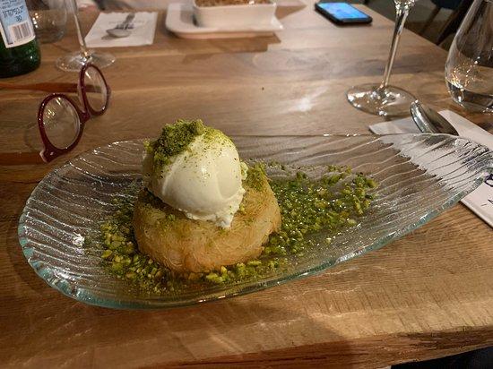 Cheese & Wine Rooftop Restaurant: Dessert
