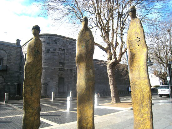 The Proclamation Sculpture