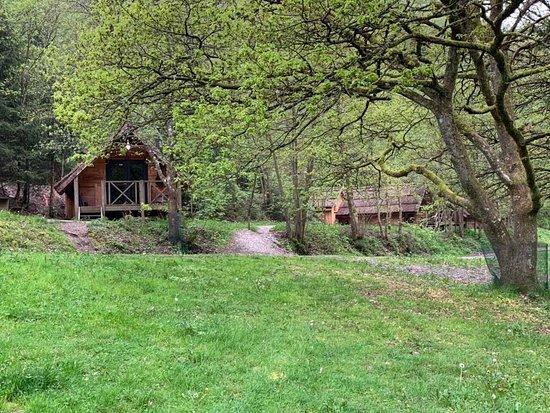 Les Cabanes de Rensiwez: Les cabanes du domaine