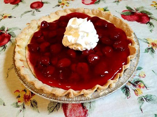 Flynn, เท็กซัส: Strawberry Cheesecake Pie, $15