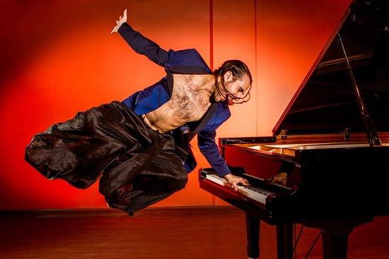 Flamenco En El Backstage de Pablo Ruben Maldonado