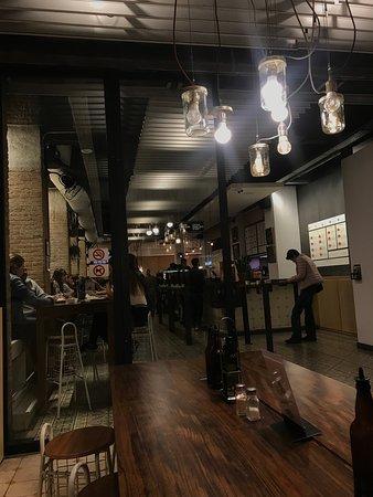 Bacoa: salon semi abierto e interior