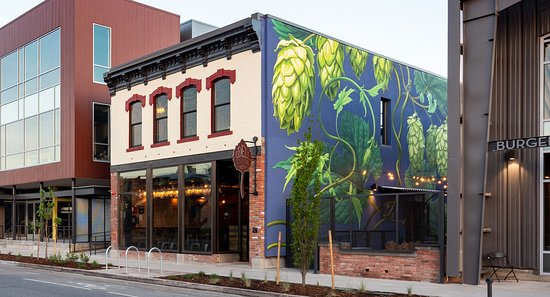 Odell Brewing Co - Five Points Brewhouse