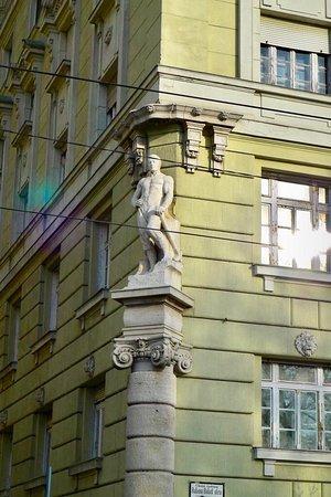 بودابست, المجر: Budapeşte sokakları