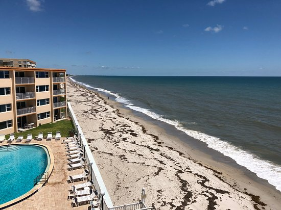 Nice location - make sure you get a corner unit on high floor - right on the beach