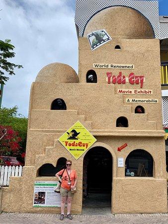 Yoda Guy Movie Exhibit Tour Ticket in St Maarten: My wife in front of the museum