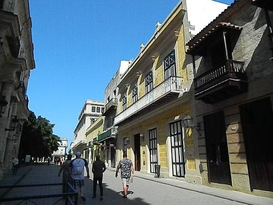 Villa Tropico: Streets in Havana