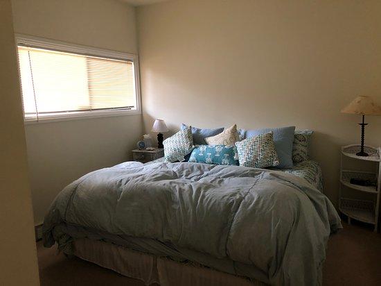 Cute 1 bedroom condo. Pajaro Dunes Resort.