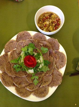 Nhà hàng Organic Susu Xanh: Thịt bò ALưới