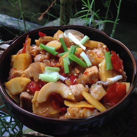 Nhà hàng Organic Susu Xanh: sườn chua ngọt