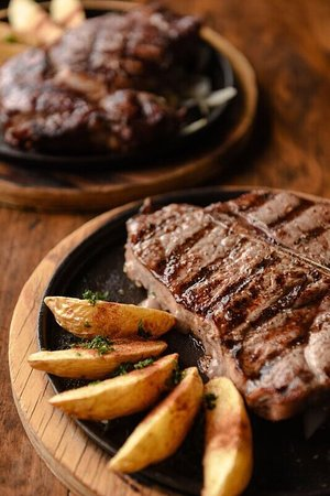 El Feligrez Steak House