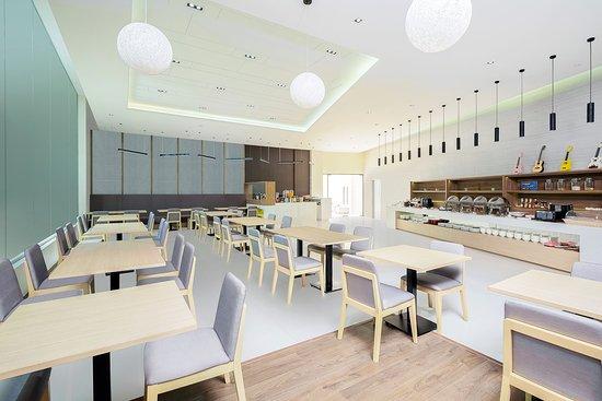 Somerset Harbourview Sri Racha: Restaurant