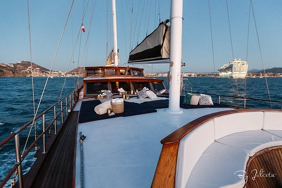 Yate de lujo con snorkel y crucero...