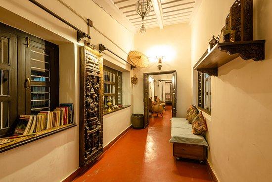 Entrance - Picture of AVAAS -Bed & Breakfast, Nainital - Tripadvisor