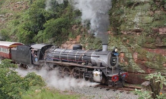 Umgeni Steam Railway: Choo Choo Steam train scenic ride meandering through the valley of a 1000 Hills