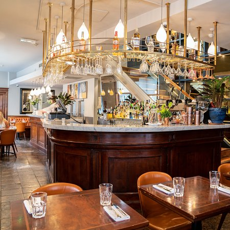 Caldesi In Marylebone: Downstairs Bar and Cafe