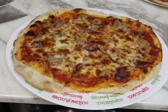 Niederdorf, Suiza: Pizza