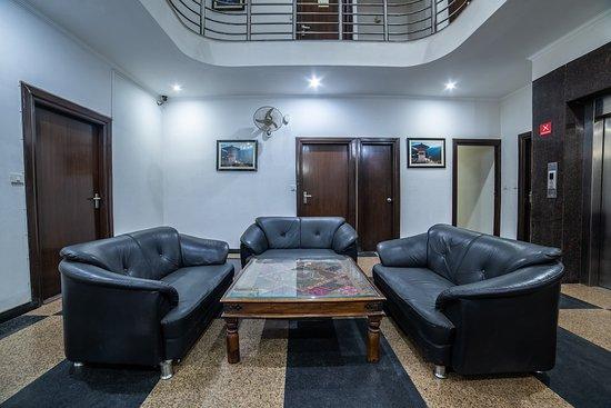 Interior - Picture of Capital O 14545 K S Residency, Gurugram (Gurgaon) - Tripadvisor