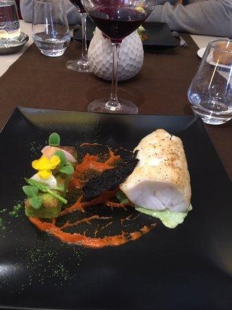 Stephane Carbone:  La lotte avec sauce poivrons et accompagnement de poléta