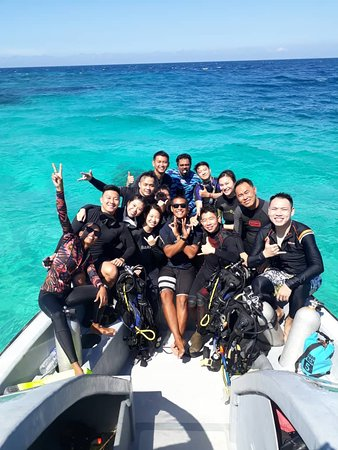Having fun with all divers