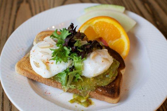 Pearls Cafe: Avocado Toast!!!