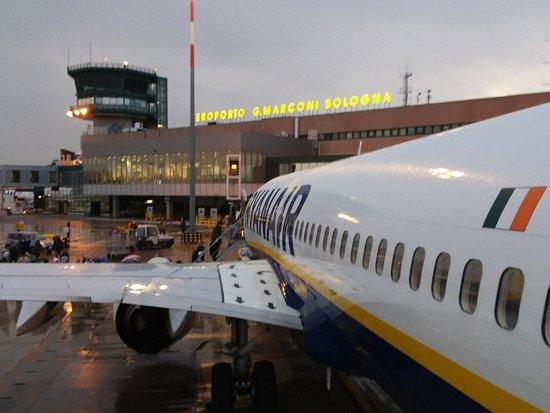 Ryanair a Bologna
