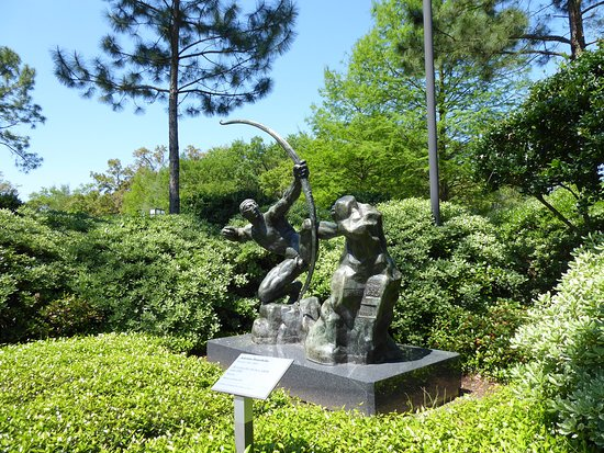 The Sydney and Walda Besthoff Sculpture Garden at NOMA: A more traditional sculpture