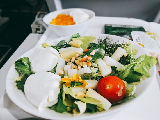 Austrian Airlines: Very nice light snack